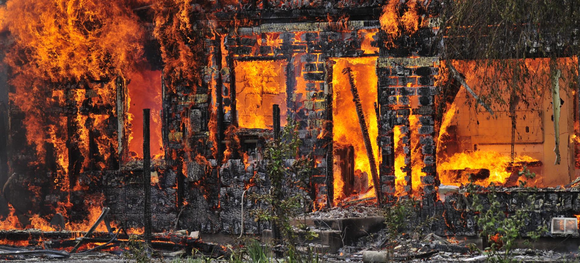 Post Incendio e Post Allagamento Cerbone Costruzioni Trieste
